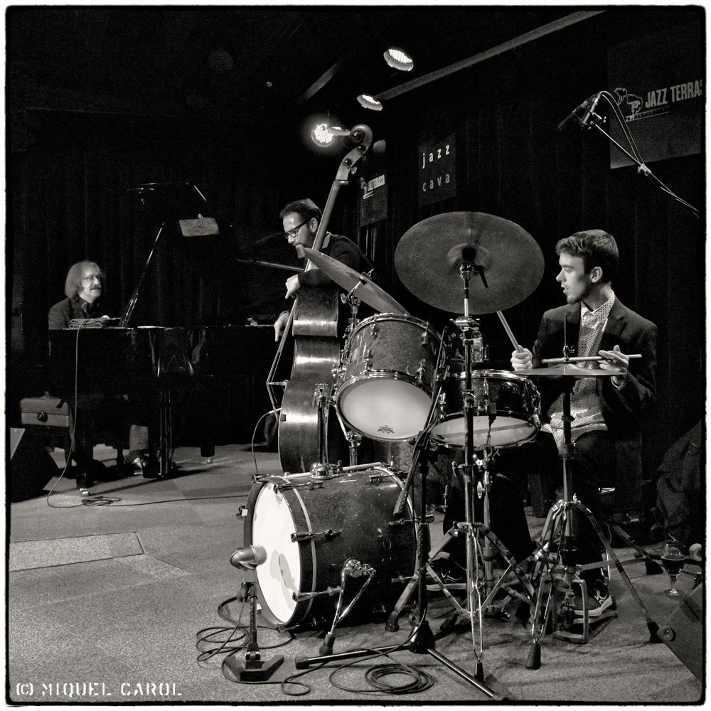 August Tharrats Trio