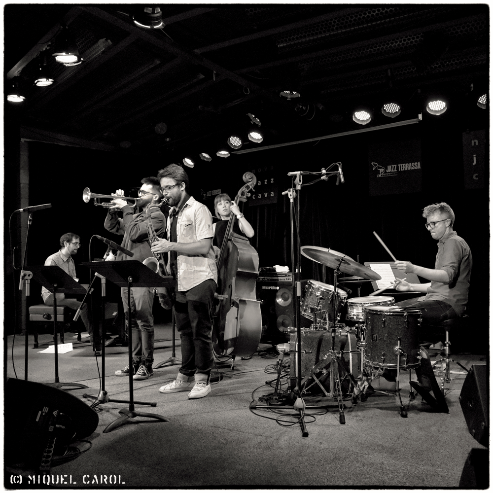 Round About Trio + Lluc Casares i Oriol Vallés