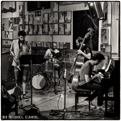 Jam Session amb Albert Carrique Grup